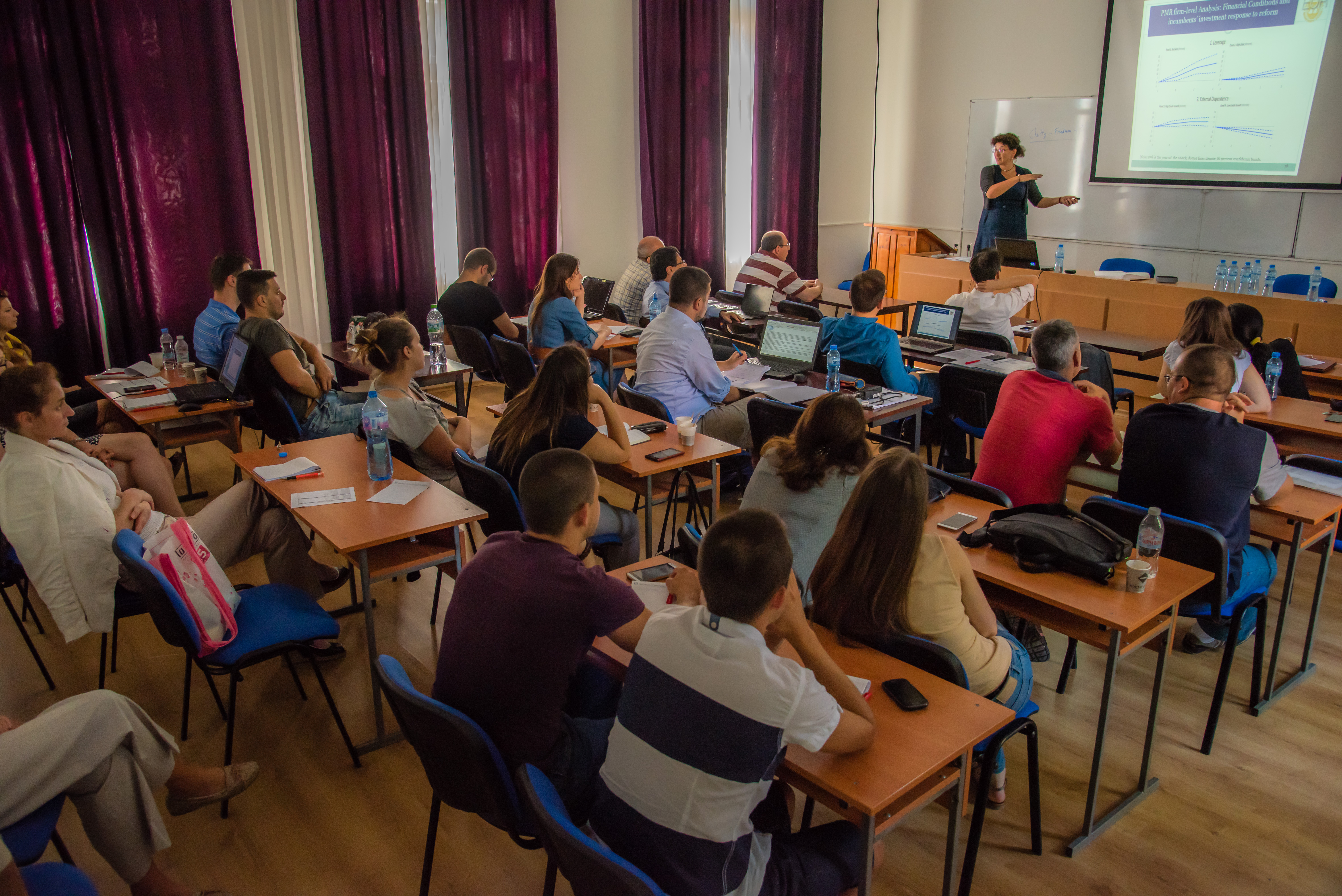 The Summer School in Economics Incites Discussion and Knowledge Sharing Among Recent Graduates and Postdoctoral Researchers