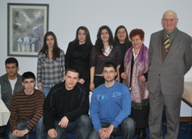 Donor Meets with Scholarship Recipients
