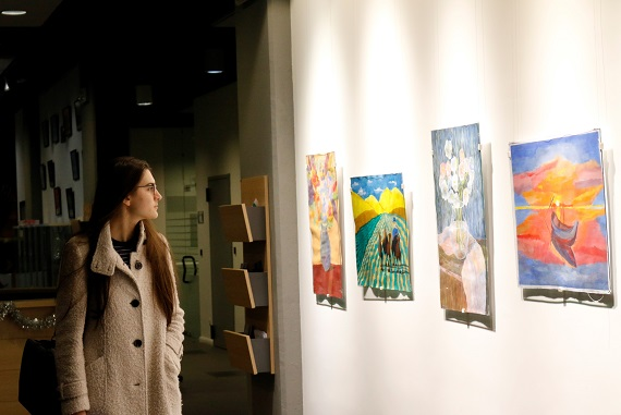 AUBG Drawing Class Students Present Artwork at ABF